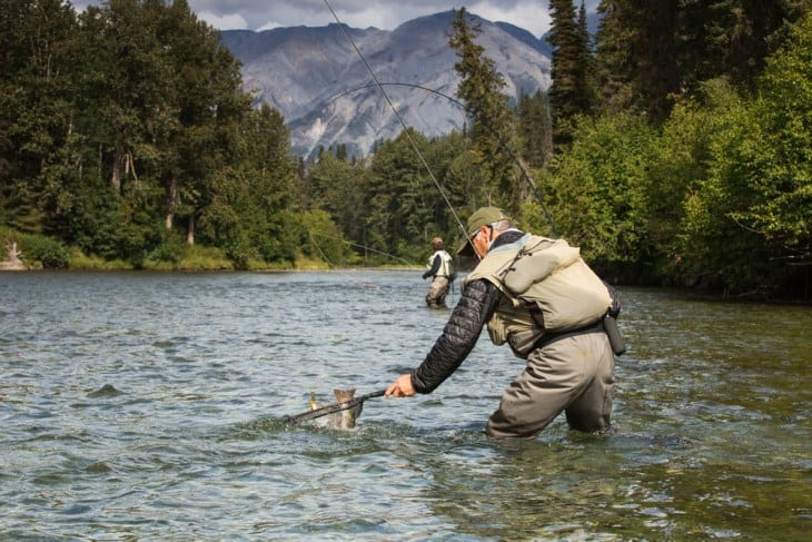 Factors To Consider When Applying Fly Fishing