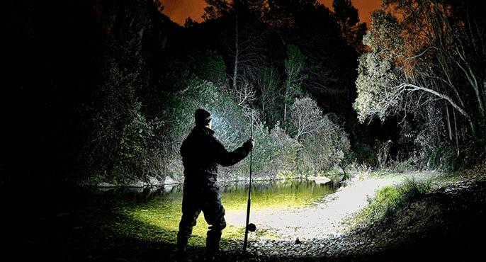 using a headlamp for night fishing